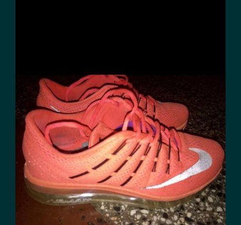 Оригинални маратонки  на Michael Kors,Nike,Adidas,New Balance,H&M,Espr