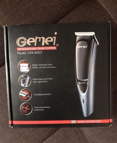 станок бритва машинка станок для волос переносная заряжае