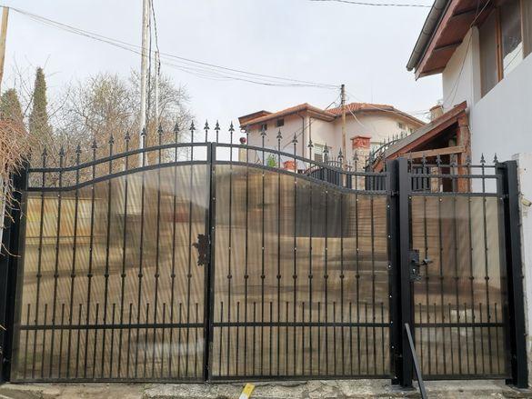 Метални конструкции - врати, решетки, парапети, огради и др.