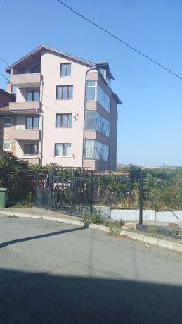 къща с двор гр. Ахелой