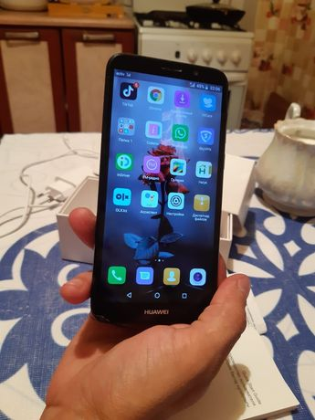 Срочно продам Huawei Y5 lite 4G