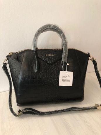 Дамска чанта Givеnchy от естествена кожа