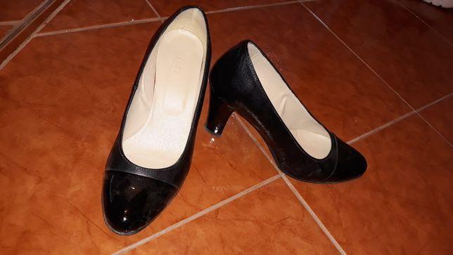 Pantofi, 39