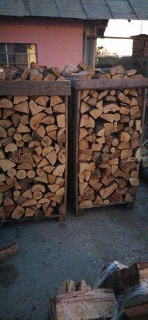 Vând lemn de foc