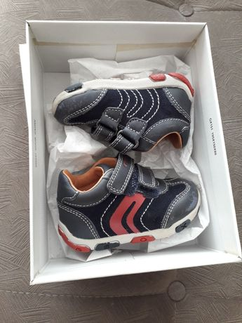 Детски дишащи обувки Geox