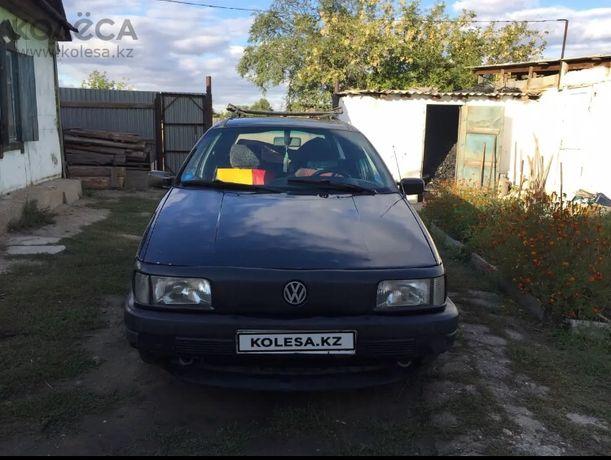 Продам машину Volkswagen passat b3 универсал