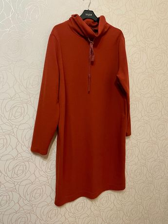 Платье тёплое (размер 48-50)