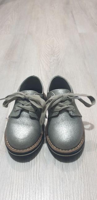 Pantofi zara marime 21