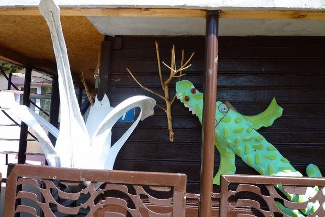 Ornamente curte si gradina