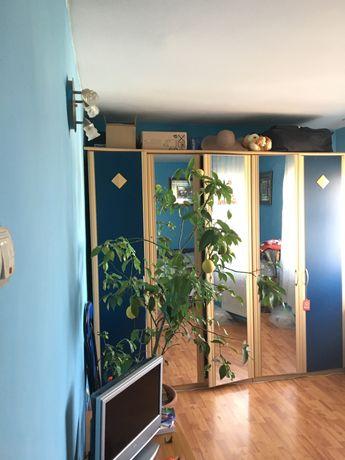 Vand apartament 3 camere ,86mp, decomandat .
