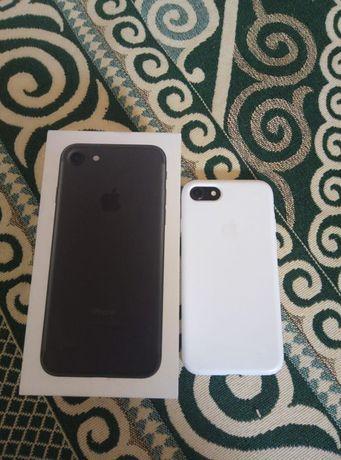 Iphone 7 32gb отл состояние