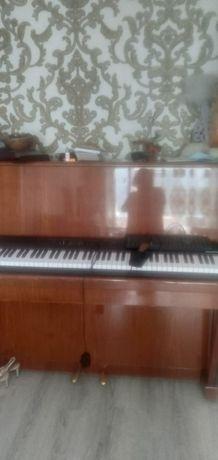 Продается пианино в хорошем состоянии