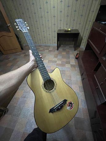 Гитара , продам гитару