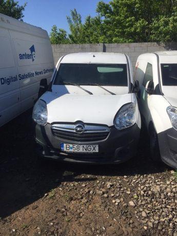 Dezmembrez Opel Combo 1.3 an 2014