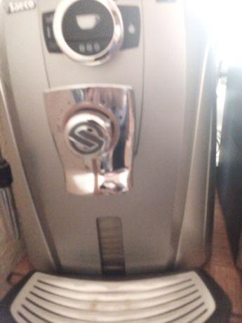 Saeco. Aparat automat pentru cafea boabe