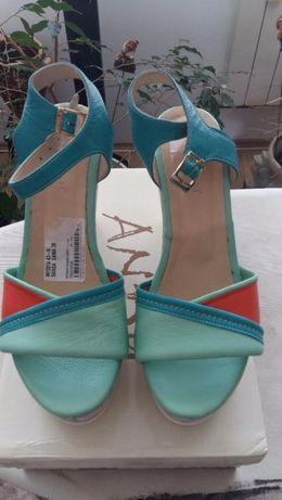 sandale piele -platforma