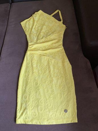 Versace jeans актуална жълта рокля оригинална с едно рамо