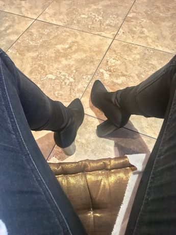 Обувки на ток от еластична материя