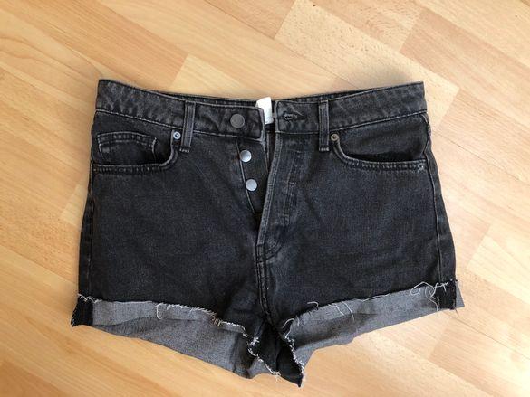 Къси дънкови панталонки H&M