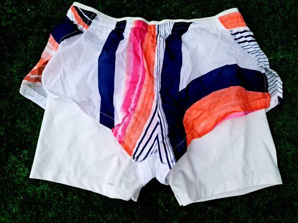 Nike пригинални дамски къси панталонки М размер