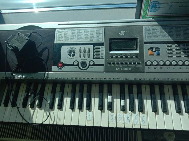 Синтезатор работающий