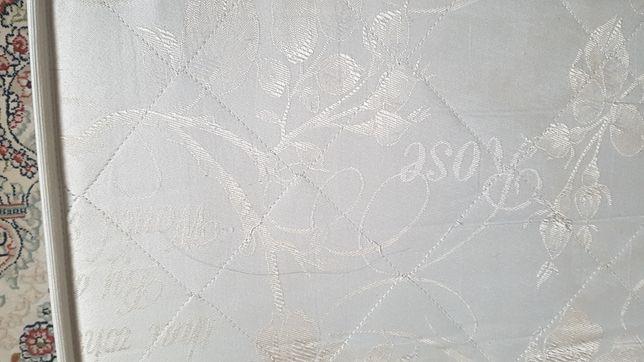 Матрас 180 × 200