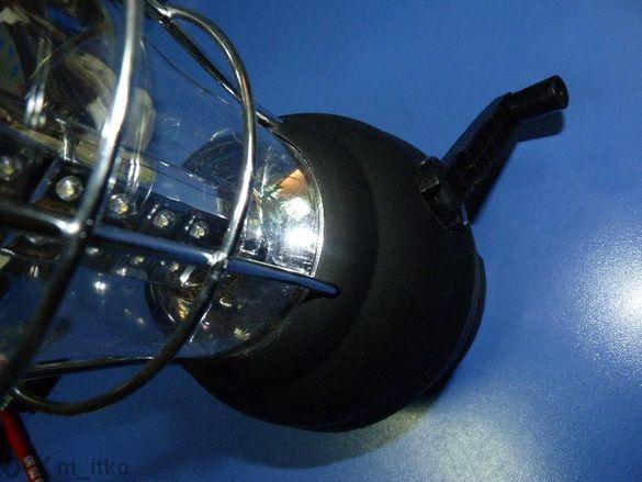 Фенер лампа с динамо и солар + usb