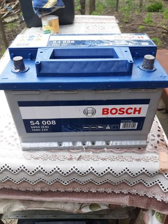 Acumulator  Bosch   12 v 74 ah 680 A putin  folosit