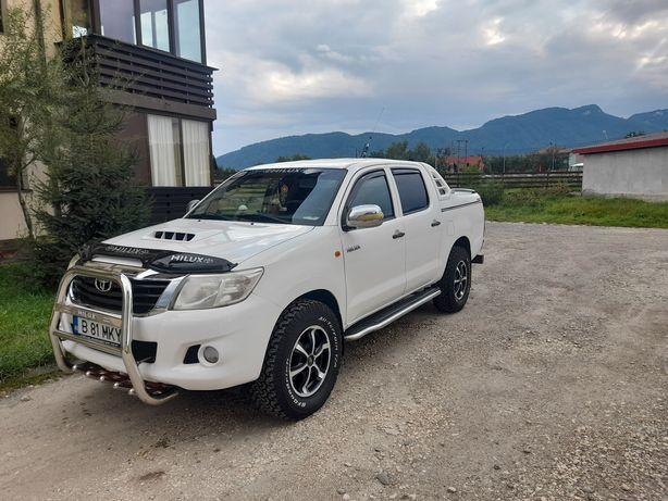 Toyota hilux an 2015