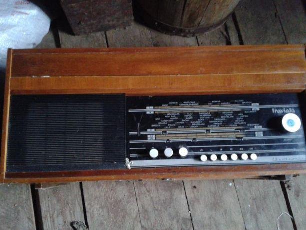 radio pick-up traviata
