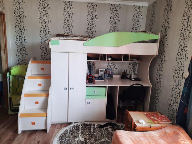 Детское мебель с кровати