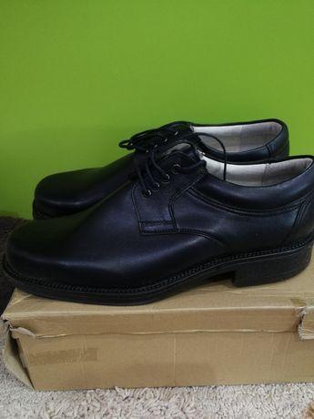 Pantofi din piele pt bărbați, mărime 46