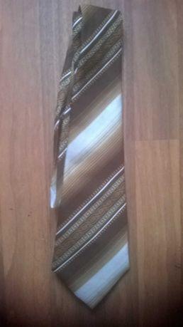 Vând cravată bărbătească (de colecție) maro cu dungi albe