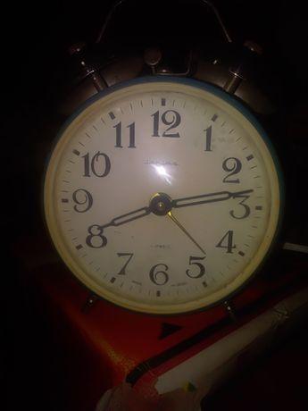 Ceas de masa, Mecanic stare foarte bună.