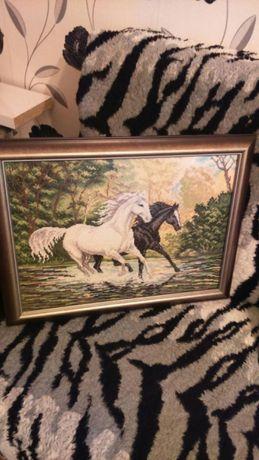 Гоблен коне в галоп уникат намалям на 1333 лв