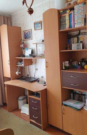 Набор: Шкафы и стол