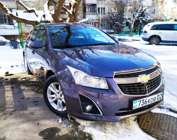 Продам Chevrolet Cruze hatchback 2012
