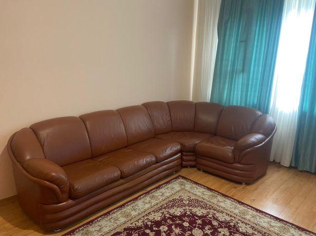 Продам диван кожанный
