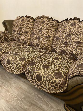 Продам диван раскладной , производства Италия