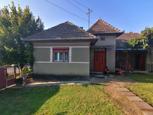 Vand casă, localitatea Camaras, jud. Cluj