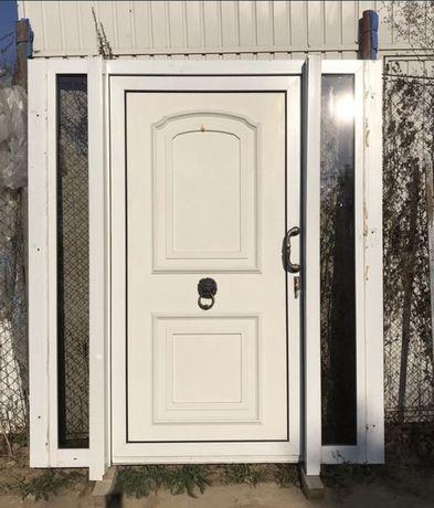 Usa casa firma intrare PVC geam termopan H 211 x L 185 Germania