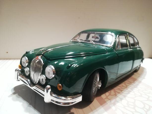 Jaguar Mark II 1959, scara 1:18, maisto