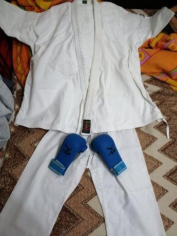 Kimono karate concurs si antrenament