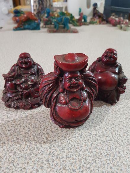 Статуетки Буда