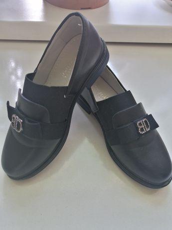 Продам туфли 30 размер