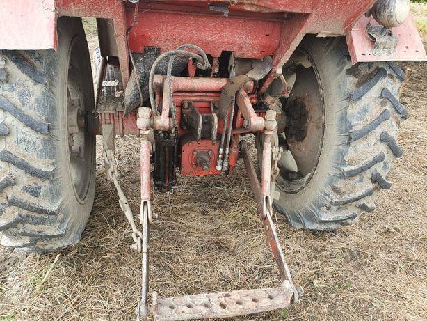 Vind tractor utb 650