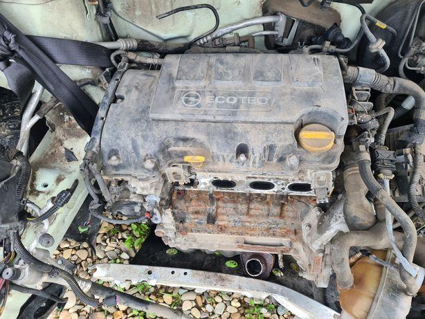 Dezmembrez Opel Corsa D A1.2XER
