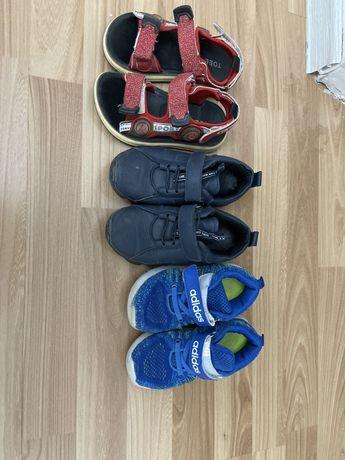 Детская обувь , три пары за 3000