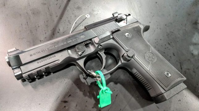 Pistol-SUPER PUTERNIC Extrem Beretta M9 CO2 Airsoft Cu Aer Comprimat