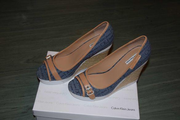 Обувки от плат и кожа НОВИ Calvin Klein